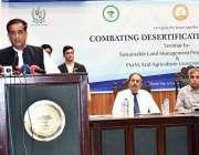 راولپنڈی: وزیر اعظم کے معاون خصوصی برائے موسمیاتی تبدیلی ملک امین اسلم ..