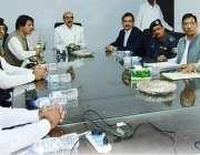 برنالہ: صدر آزاد جموں و کشمیر سردار مسعود خان ضلع آفیسران کے ایک اجلاس ..
