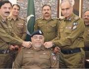 لاہور: سی سی پی او لاہور بی اے ناصر اور ڈی آئی جی اپریشنز وقاص نذیر، ..
