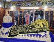 بھٹشاہ: گورنر سندھ عمران اسماعیل 276 ویں عرس کی تقریبات کے موقع پر حضرت ..