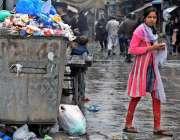 راولپنڈی: ویسٹ مینجمنٹ کمیٹی کی نااہلی کے باعث یوسی42میں کچرا نہ اٹھائے ..