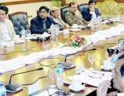 لاہور: صوبائی وزیرخزانہ مخدوم ہاشم جواں بخت وزیراعلی سیکرٹریٹ میں ..