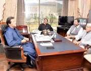 اسلام آباد: وزیر اعظم عمران خان سے سردار نصر اللہ دریشک ملاقات کر رہے ..