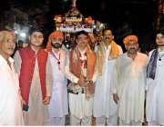 راولپنڈی: شاہ چن چراغ سید اعتبار بخاری ڈالی کے ہمراہ راواں دواں ہیں۔