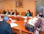 اسلام آباد: وفاقی وزیر برائے انسانی حقوق ڈاکٹر شیریں مزاری اعلیٰ سطحی ..