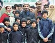 مظفر آباد: منیجنگ ڈائریکٹر بیت المال عون عباس بپی کا سویٹ ہوم کے بچوں ..