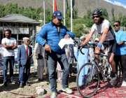 ہنزہ: دوسری ٹورڈی خنجرات انٹر نیشنل سائیکل ریس کے دوسرے مرحلے میں شرکاء ..