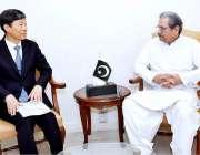 اسلام آباد: وفاقی وزیر تعلیم شفقت محمود سے کوریا کے سفیر ملاقات کر رہے ..