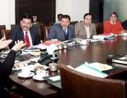 لاہور: صوبائی وزیر صحت ڈاکٹر یاسمین راشد پنجاب ہیومن آرگنز ٹرانسپلانٹیشن ..