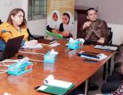 لاہور: صوبائی وزیر سکولز ایجوکیشن ڈاکٹر مراد راس پنجاب ایجوکیشن فاؤنڈیشن ..