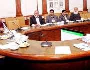 لاہور: صوبائی وزیر خزانہ مخدوم ہاشم جواں بخت، صوبائی وزیر برائے کمیونیکیشن ..