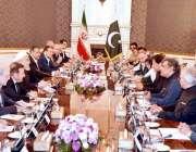 تہران: وزیر اعظم عمران خان کی قیادت میں پاکستانی وفد ایرانی صدر حسن ..