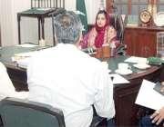 لاہور: ڈپٹی کمشنر لاہور صالحہ سعید عیدالاضحی کے انتطامات کے حوالے سے ..