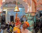راولپنڈی: صدر کرشنا مندر میں دیوالی کے موقع پر ہندو برادری مذہبی رسومات ..