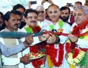 سنگرا: وفاقی وزیر بجلی و پیٹرولیم عمر ایوب خان کوٹلہ اے آئی ٹی میں سول ..
