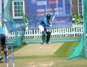 لندن: پاکستان کرکٹ ٹیم کے کھلاڑی میچ سے قبل پریکٹس کرتے ہوئے۔
