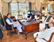 اسلام آباد: وزیر اعظم عمران خان سے ایم این اے شیر علی ارباب ملاقات کر ..