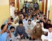 حیدر آباد: ایپکا تعلیمی بورڈ آفس کی طرف سے اپنے مطالبات کے سلسلے میں ..