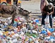 راولپنڈی: مہنگائی میں دن بدن اضافے کے باعث آبادی کا بڑا طبقہ غربت کی ..