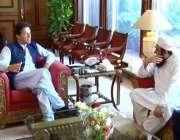 اسلام آباد: وزیر اعظم عمران خان سے مولانا طارق جمیل ملاقات کر رہے ہیں۔