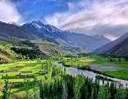 گلگت: سیاحتی مقام غزر کا خوبصورت منظر۔