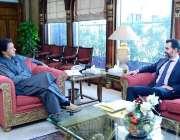 اسلام آباد: وزیراعظم عمران خان سے گورنرسٹیٹ بینک رضاباقر ملاقات کر ..