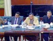 لاہور: صوبائی وزیر سکولز ایجو کیشن مرادراس سول سیکرٹریٹ میں تعلیمی ..