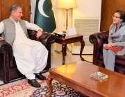 اسلام آباد: وزیر خارجہ شاہ محمود قریشی سے سبکدوش ہونیوالی سیکرٹری خارجہ ..