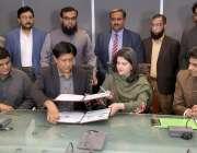 لاہور: لاہور ڈویلپمنٹ اتھارٹی کی ڈائریکٹر جنرل آمنہ عمران خان سے ایل ..