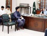 لاہور: ڈپٹی کمشنر لاہو رصالحہ سعید مون سون کے حوالے سے اجلاس کی صدارت ..