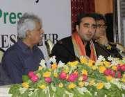 حیدرآباد: پیپلز پارٹی کے چیئرپرسن بلاول بھٹو زرداری میڈیا سے خطاب کر ..