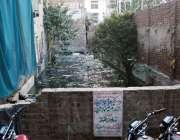 لاہور: بڈن روڈ پر کھلا نالہ گندگی اور بیماریوں کا سبب بن رہا ہے۔