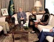 اسلام آباد: صدر مملکت ڈاکٹر عارف علوی سے کام سیٹس یونیورسٹی کے ایگزیکٹو ..
