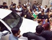 لاہور: تحریک انصاف کے مرکزی رہنما و سابق صوبائی وزیر بلدیات عبدالعلیم ..