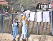اسلام آباد: وفاقی دارالحکومت میں شاہراہ کشمیر کے ساتھ جے یو آئی ف کے ..