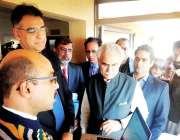 اسلام آباد: وفاقی وزیر برائے منصوبہ بندی ، ترقی و اصلاحات ، اسد عمر ..