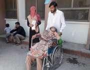 راولپنڈی: ڈی ایچ کیو ہسپتال میں احتجاج کے باعث آنے والے مریضوں کو شدید ..