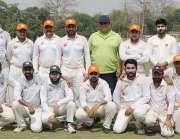 لاہور: کارپوریٹ سیکٹر کی ٹیموں کے درمیان جاری پروفیسر مختار احمد بٹ ..