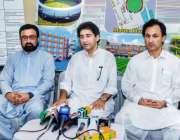 پشاور: سینئر صوبائی وزیر محمد عاطف خان ارباب نیاز کرکٹ سٹیڈیم دورہ ..