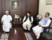 اسلام آباد: چیئرمین سینیٹ محمد صادق سنجرانی سے عمان کے سفیر الشیخ محمد ..