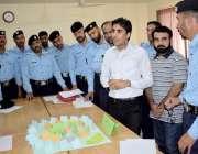 اسلام آباد: سپارک کے زیراہتمام دی سکول آف انوسٹی گیشن میں بچوں کے ساتھ ..
