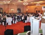 اسلام آباد: وفاقی وزیر تعلیم شفقت محمود مقامی ہوٹل میں منعقدہ تقریب ..