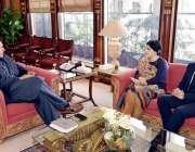 اسلام آباد: وزیر اعظم عمران خان سے بیرونس سعیدہ وارثی ملاقات کررہی ..