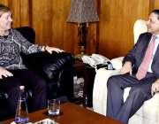 اسلام آباد: ڈپٹی چیئرمین سینیٹ ، سینیٹر سلیم مانڈوی والا پارلیمنٹ ہاؤس ..