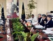 اسلام آباد: وفاقی وزیر قانون و انصاف بیرسٹرڈاکٹر فروغ نسیم کا بینہ ..