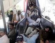 راولپنڈی: تنخواہوں کی عدم ادائیگی کے پر البراق کے ملازمین احتجاج کے ..