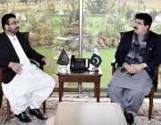 اسلام آباد: چیئرمین سینیٹ محمد صادق سنجرانی اور صابق وزیر اطلاعات بلوچستان ..