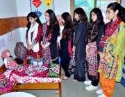 حیدرآباد: رائل کیمبرج اسکول میں سندھی کلچر ڈے کی تقریب کے سلسلے میں ..