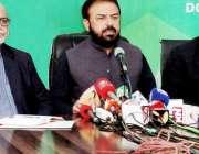 لاہور: صوبائی وزیر خوراک سمیع اللہ چوہدری ڈی جی پی آر آفس میں محکمہ ..