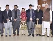 اسلام آباد: چیئرمین سینیٹ محمد صادق سنجرانی کا پشاور پریس کلب کے اراکین ..